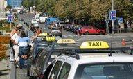 Pražstí taxikáři vyhlásili stávku. Chtějí rezignaci Krnáčové
