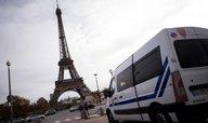 Schváleno. Francie usnadní vyhlášení výjimečného stavu a odebírání občanství