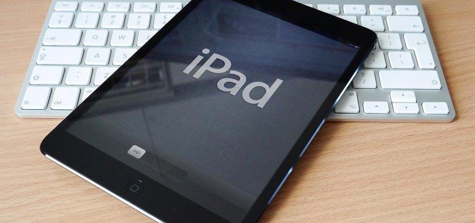 iPad, ilustrační foto (Autor: Janitors, CC BY 2.0, Flickr)