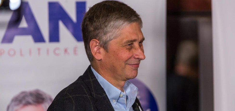Krajské volby v Moravskoslezském kraji vyhrálo hnutí ANO před ČSSD a KSČM. Na snímku lídr ANO v kraji Ivo Vondrák.