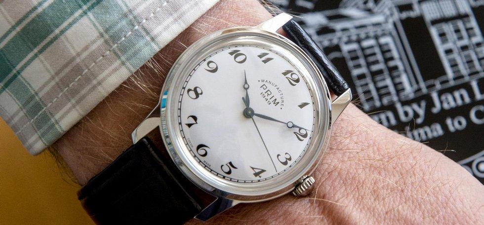 Společnost Elton hodinářská, která v Novém Městě nad Metují na Náchodsku vyrábí náramkové hodinky Prim, zahájila výrobu limitované edice hodinek Prim Hirošima.