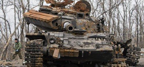 Na porušení míru v Donbasu tvrdě odpovíme, varuje Západ