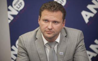 Místopředsedou sněmovny by se měl stát poslanec ANO Radek Vondráček.