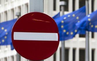 Britové si odhlasovali odchod z EU
