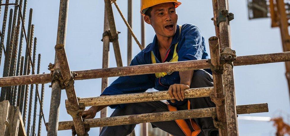 Do Venezuely si čínské firmy vozí tisíce vlastních dělníků. Ostatní latinskoamerické země si svůj pracovní trh hlídají přece jen lépe.