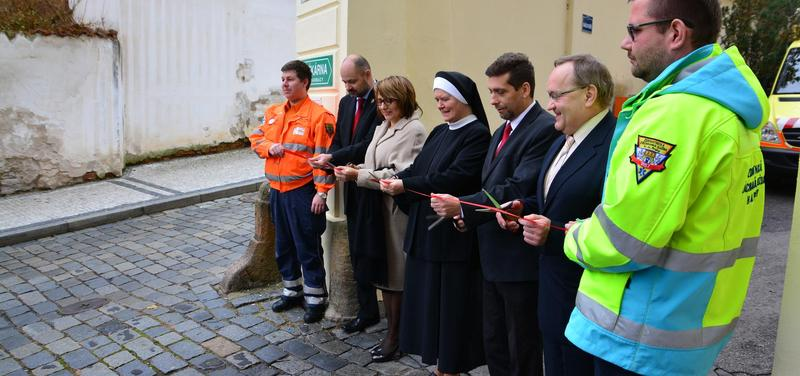 v Nemocnici Milosrdných sester sv. Karla Boromejského (dále NMSKB) Otevření nové výjezdová základny Zdravotnické záchranné služby hl. m. Prahy
