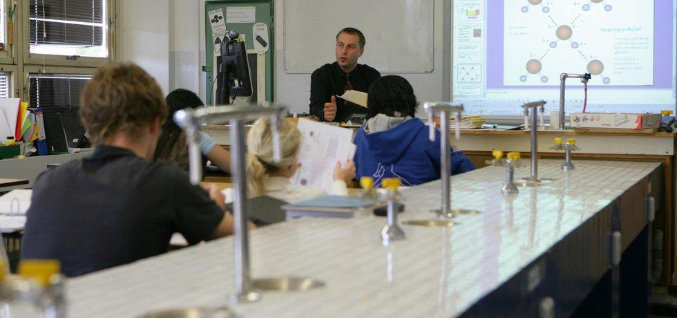Učitel - ilustrační foto