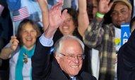Primárky v New Hampshire vyhráli Trump a Sanders