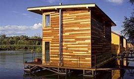 hausbot, bydlení na řece