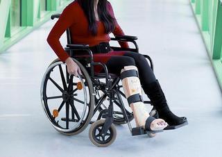 handicap, úraz, zlomenina