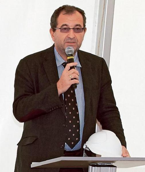 Prof. Cyril Höschl.