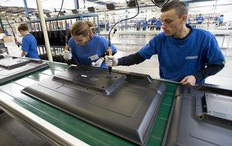 Montážní linka společnosti Changhong v první česko-čínské průmyslové zóně, které je Nymburku