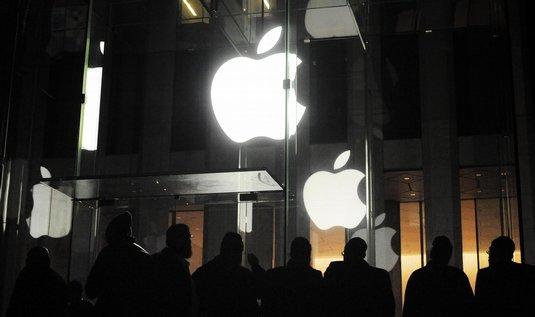 Obchod Applu na Manhattanu v obležení zákazníků