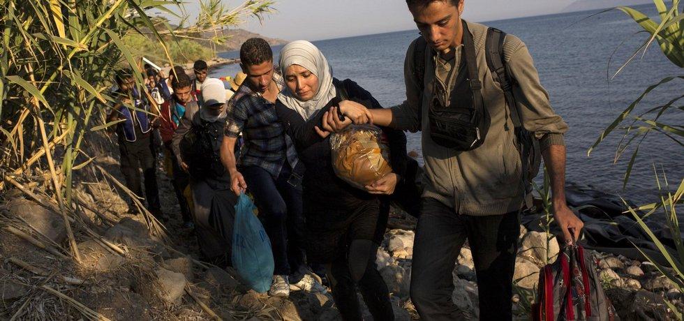Migranti dorazili na ostrov Lesbos