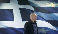 Nákaza z Atén se šíří evropskou periferií, věřitelé požadují vyšší úroky