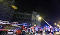 V Praze hořelo Národní muzeum, k požáru se sjelo 150 hasičů