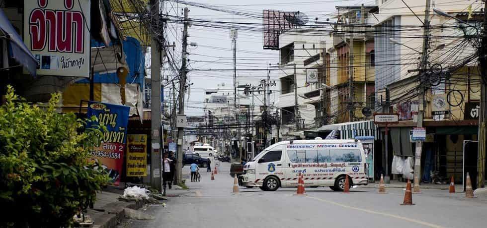 Vyšetřování a záchranné akce po útocích v Thajsku (Zdroj: čtk)