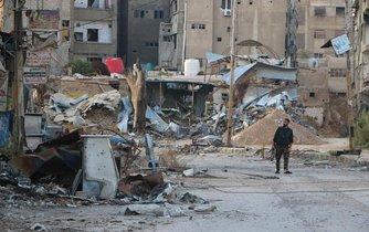 Rumiště v důsledku bojů v syrské Harastě