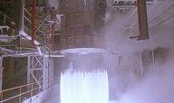 Američané přeplácejí ruské raketové motory, zisk jde Putinovým lidem