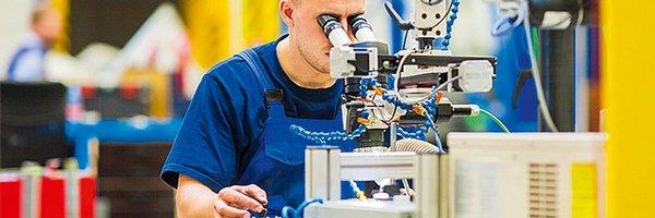 Brusel krotí odhady českého růstu, ekonomika zpomalí na 2,1 procenta