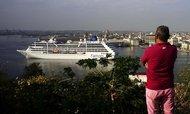 Další známka uvolnění: na Kubě po 50 letech přistála výletní loď z USA