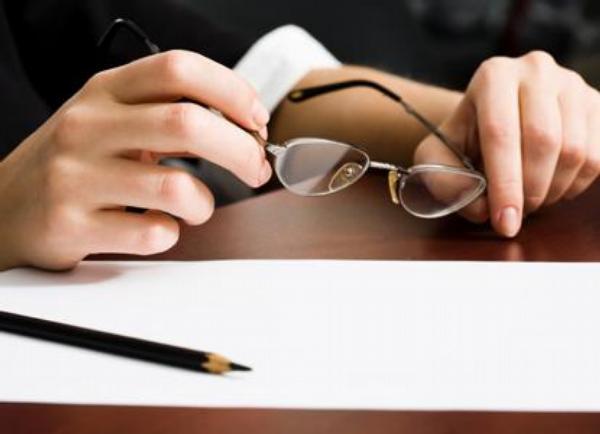 dokumenty, tužka, brýle, jednání, smlouva