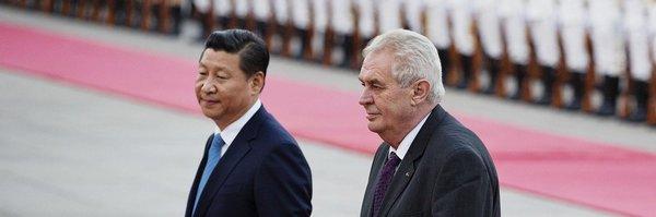 Zeman byl na rozdíl od jiných pozván, hájí cestu do Číny Sobotka