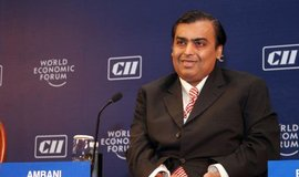 Nejbohatší Ind Mukesh Ambani (Zdroj: World Economic Forum via wikimedia (CC BY-SA 2.0)