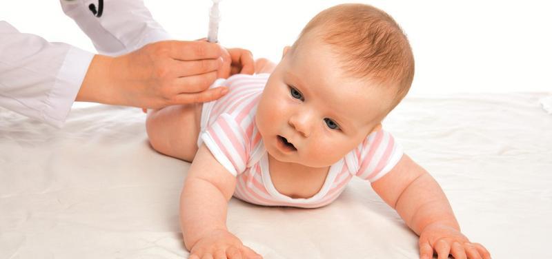 *dítě, miminko, očkování, vakcinace, injekce, pediatrie