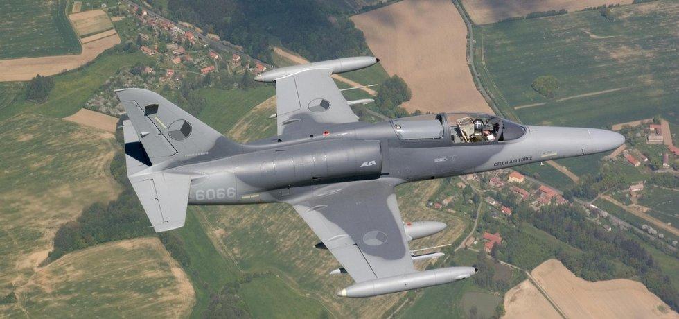 Aero L-159 Alca v barvách české armády.