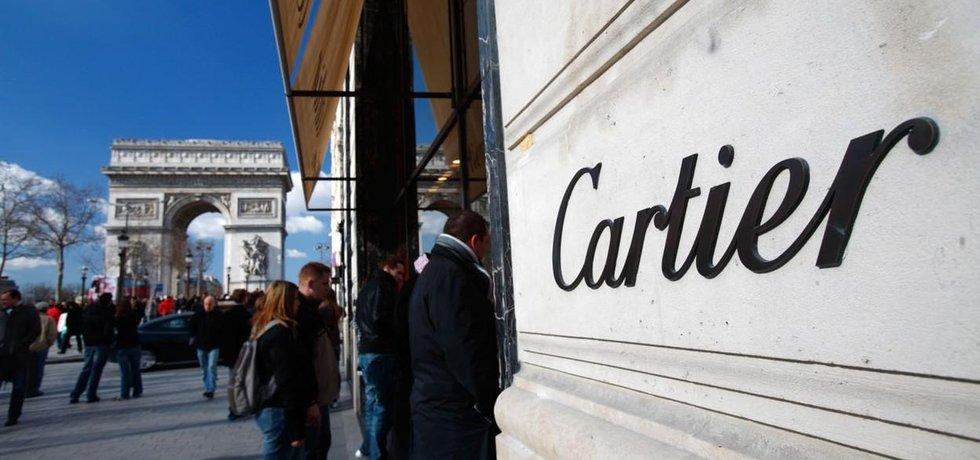 Obchod Cartier v Paříži na Champs-Élysées