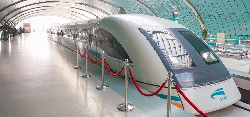 Vlak typu Maglev v čínské Šanghaji