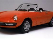 Alfa Romeo Spider  27 let ve slub