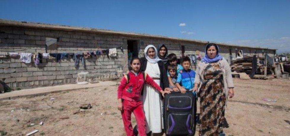 Reportáže cestovatelky a šéfredaktorky magazínu Lidé a země Lenky Klicperové a reportérky Jarmily Štukové z Iráku a Sýrie jsou součástí projektu Archa pomoci