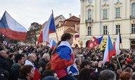 Praha zažila demonstrace odpůrců islámu, kritizovali migraci i Merkelovou
