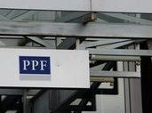 Zisk PPF banky mírně roste, s ním i poskytnuté úvěry