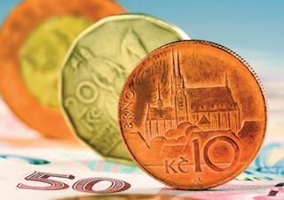 peníze, poplatky, koruny