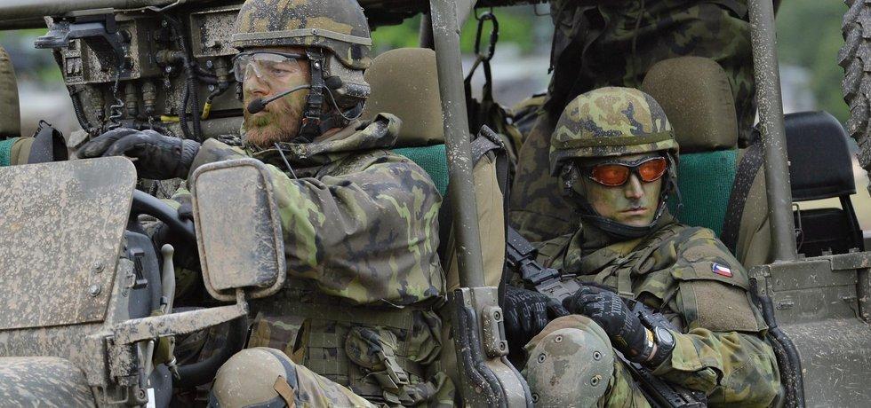 Příslušníci české armády
