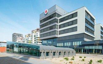 """""""Ekologické"""" sídlo operátora Vodafone na pražských Stodůlkách."""