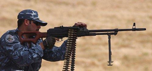 Česko pošle Kurdům munici, zbaví se nepotřebných zásob