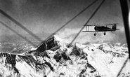 Historický přelet Mount Everestu