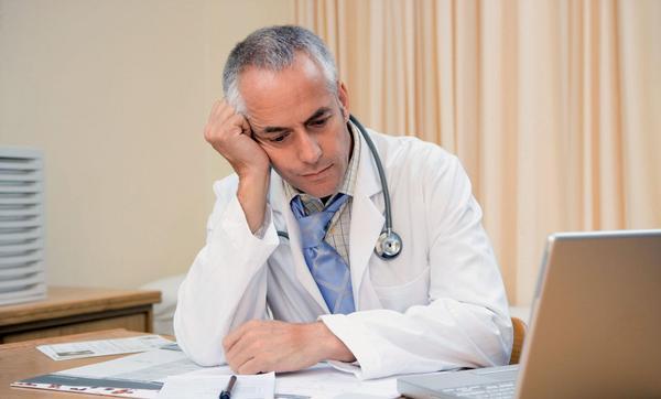Odchod lékařů do zahraničí a syndrom vyhoření