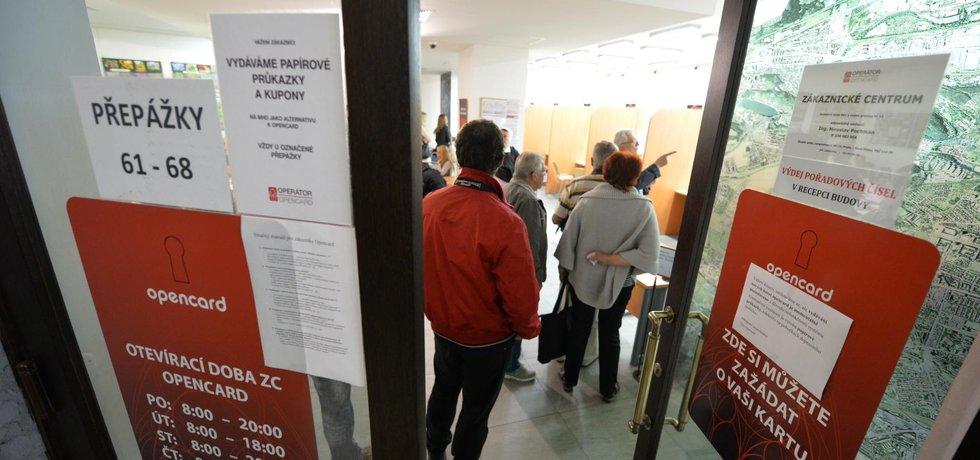 Zákaznické centrum pro opencard v pražské Jungmannově ulici.