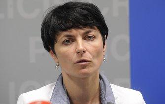 Lenka Bradáčová