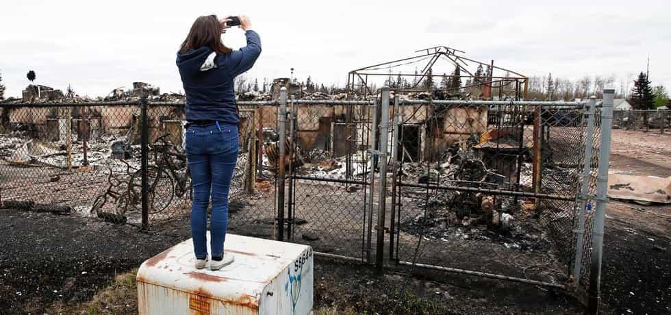 Kanadské  Fort McMurray, jež se stalo obětí lesního požáru