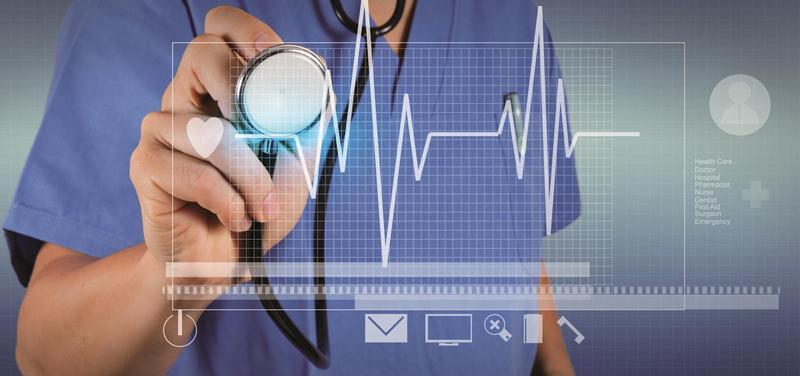 *lékař, stetoskop, eHealth, počítač, kardiologie