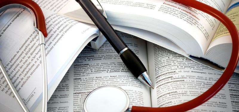 *stetoskop, studium, vzdělávání, kniha
