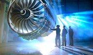 Rolls-Royce poprvé za 25 let sníží dividendu
