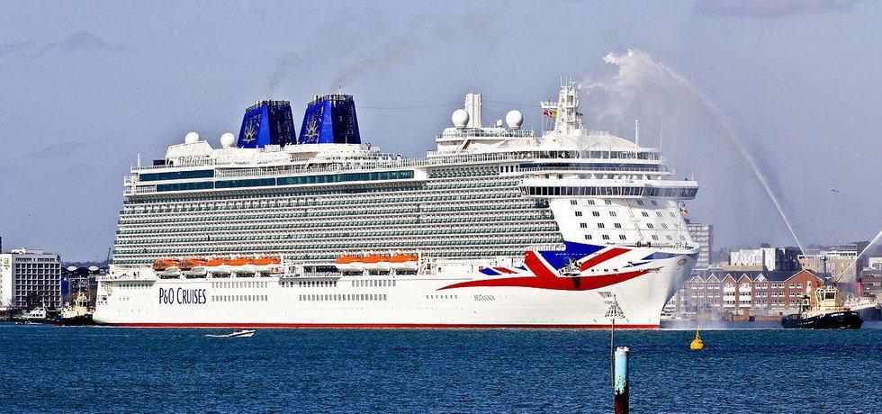 Loď MV Britannia (Zdroj: CC-BY-SA-3.0 Brian Burnell)