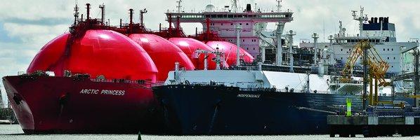 Bitva o Sachalin. Ruské firmy Gazprom a Rosněfť si jdou navzájem po krku
